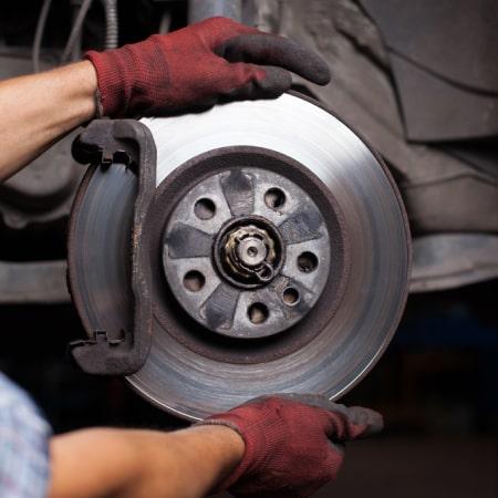 Réparation mécanique auto à Tourcoing